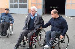 Инструктора-колясочники ГООО «Инвалиды-спинальники» провели тренинг для водителей автобусного парка № 6