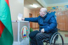 Геннадий Золотарев: «Государство делает очень многое для решения проблем инвалидов, создания безбарьерной среды»