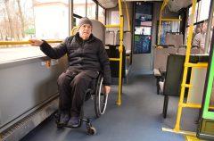 В Гомеле люди с инвалидностью провели мастер-класс для водителей и кондукторов автобусов
