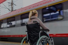 Белорусская железная дорога планирует закупить 10 электропоездов с удобствами для инвалидов-колясочников